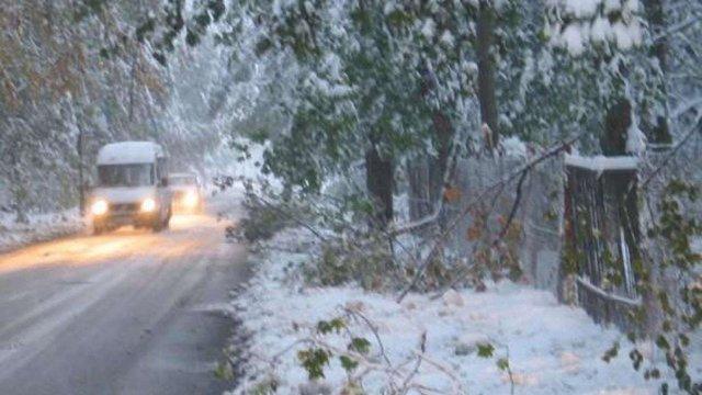 У понеділок на Прикарпатті очікується різке погіршення погоди. Можливий навіть мокрий сніг