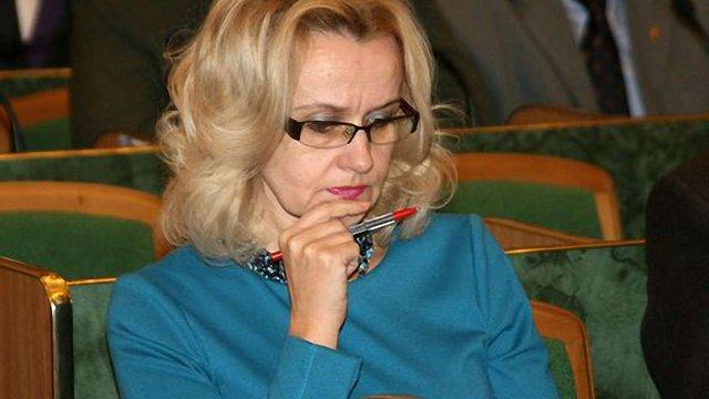 Фаріон подала до суду на апарат Ради через іноземну мову
