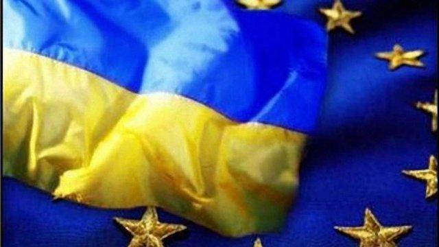 Європарламентарі за візове спрощення для українців