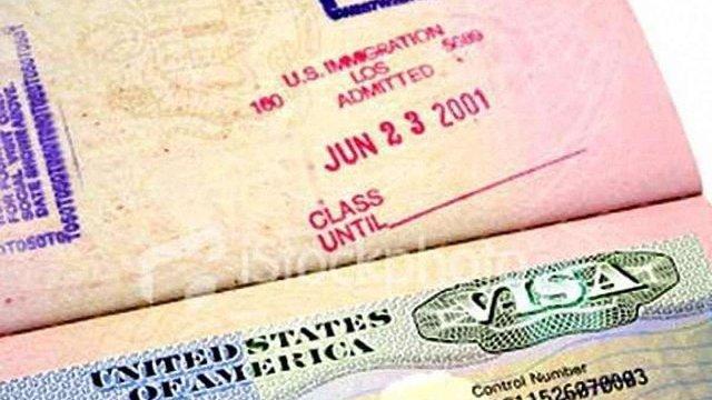Через теракти у США ретельно перевірятимуть студентські візи