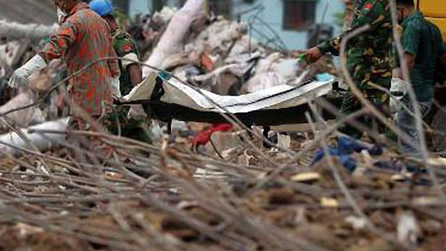 Під завалами будівлі в Бангладеші загинуло вже понад тисячу осіб