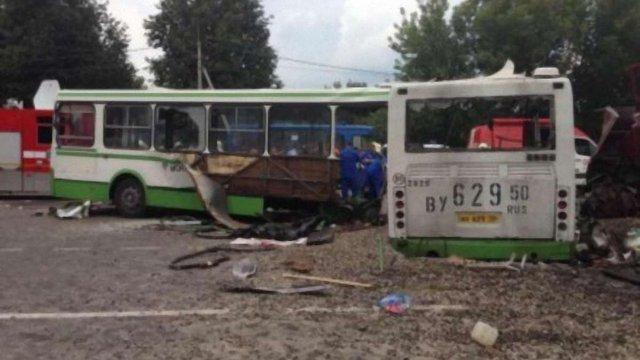 У ДТП в Москві загинуло 14 людей, травмовано 43