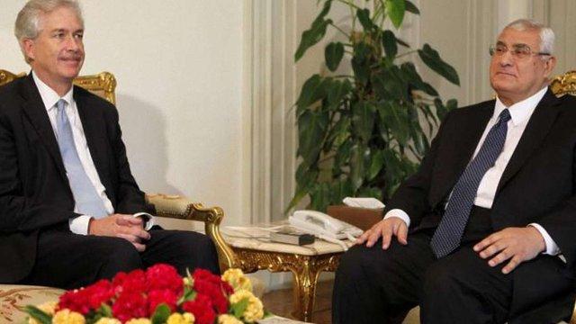 США закликають військових Єгипту утриматись від політичних арештів