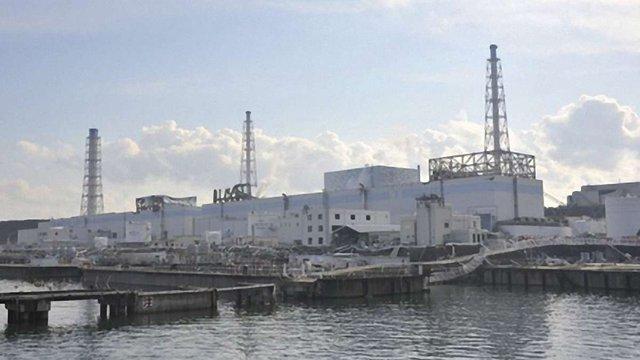"""Щодня в океан з """"Фукусіми"""" витікає 300 тонн радіоактивної води"""