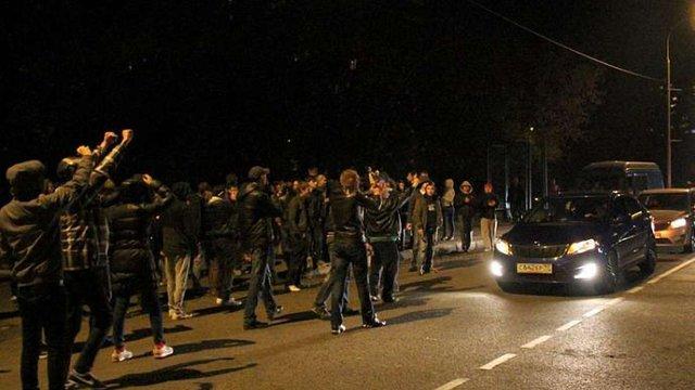 Заворушення у Бірюльово: масові затримання, штурм, погроми