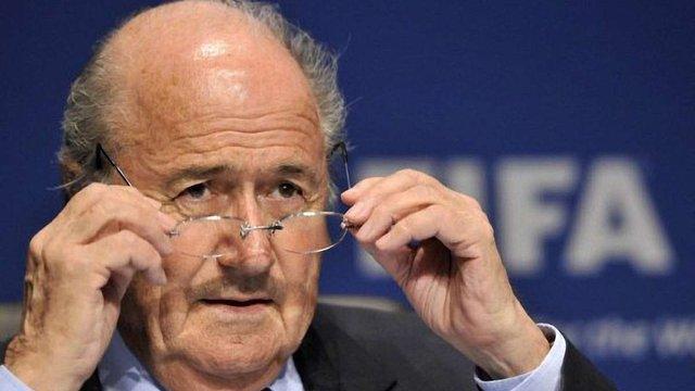 Президент ФІФА пропонує нові жорсткі санкції за расизм