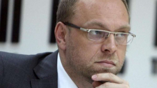 Власенко каже, що його відпустили під заставу. ГПУ заперечує