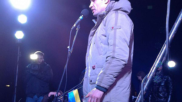 На Євромайдані у Львові Кличко закликав вирушати на Київ (відео)