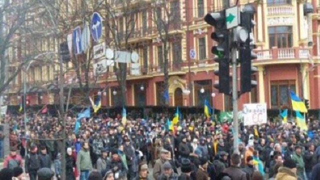 Українці повернулися на Майдан Незалежності