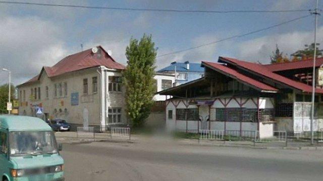 Львів викупить будівлі, які знесуть, щоб прокласти колію на Сихів