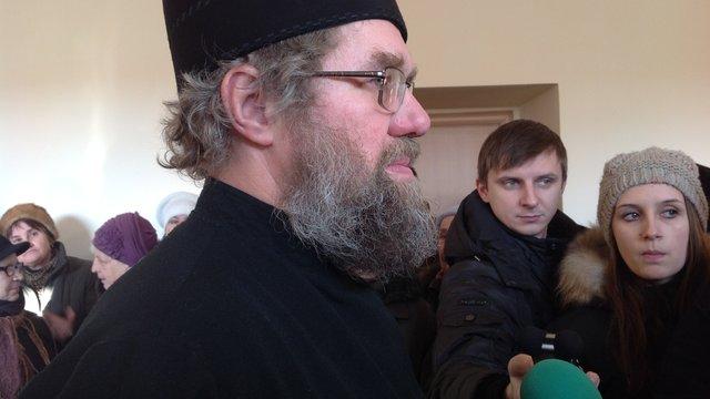 Отець Михайло Димид вимагає, щоб дії ДАІ визнали протиправними