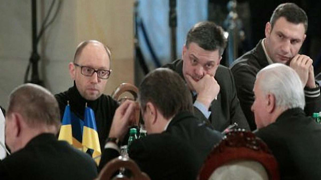 Янукович програє будь-якому з опозиціонерів, - опитування