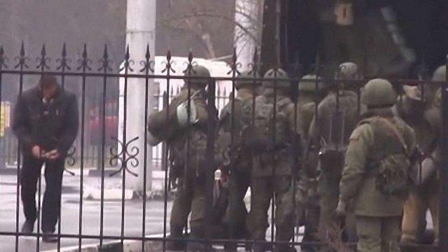 Аваков назвав ситуацію в Криму збройним вторгненням Росії