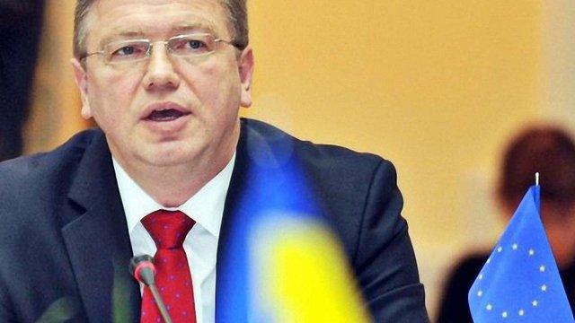 Фюле: Євросоюз має прийняти Україну до свого складу