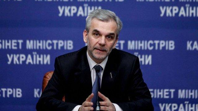 Ліки в Україні подорожчали на 50% через курс валют, − МОЗ