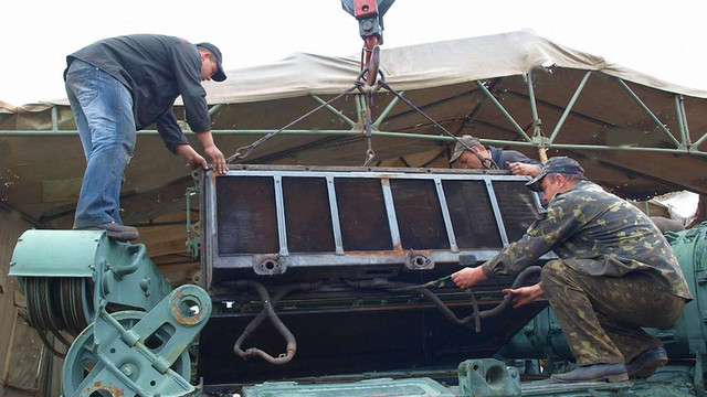 Львівські фахівці полагодили понад 100 одиниць бронетехніки ЗСУ