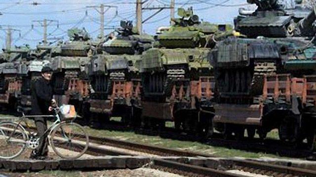 Росія досі на кордоні з Україною тримає 40 тис. військових, – США