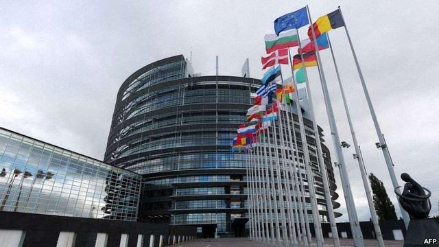 У ЄС тривають вибори до Європарламенту: явка лишається низькою