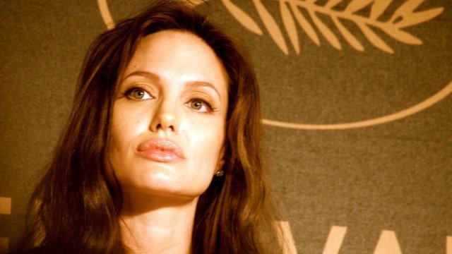 Анджеліна Джолі отримала лицарський титул