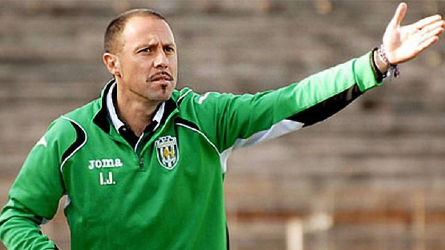 Гравцям «Карпат» офіційно представили нового тренера
