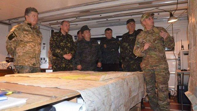 Порошенко відвідав Антитерористичний центр під Слов'янськом, - Аваков