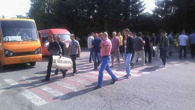 У Трускавці таксисти провели акцію протесту