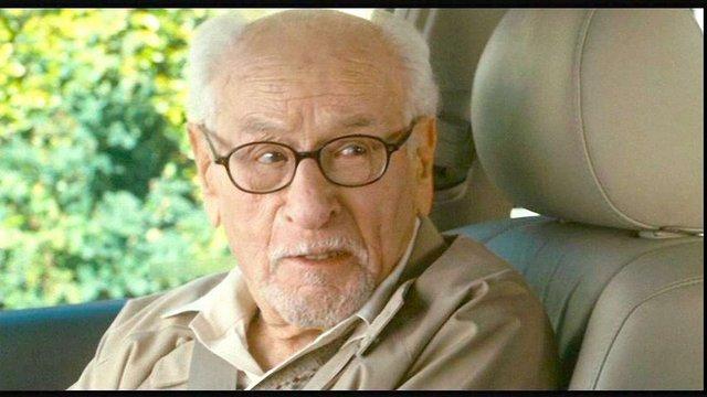 Помер американський актор Ілай Воллак