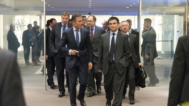 Рада НАТО вирішила створити фонд для підтримки реформ оборонного сектору України