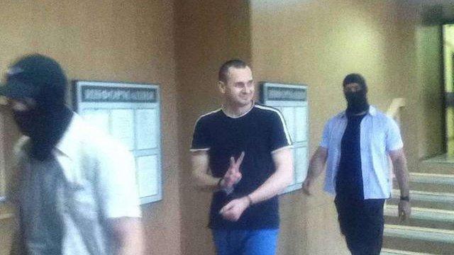 Суд продовжив термін арешту режисеру Олегу Сенцову