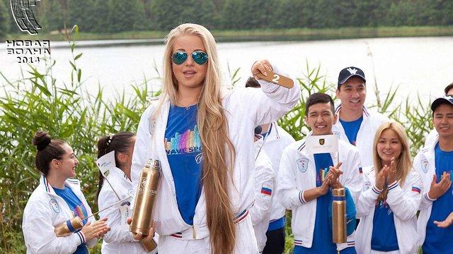 Українські співаки на «Новій хвилі» вдягнули форму з триколором