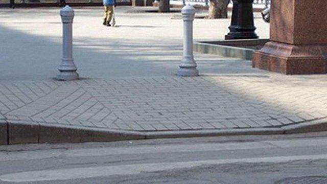 Для осіб з особливим потребами у Львові понизять тротуари