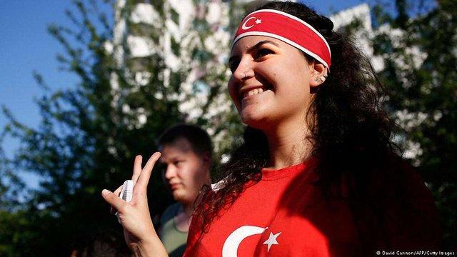 У Туреччині вперше нового президента обиратимуть громадяни, а не парламент