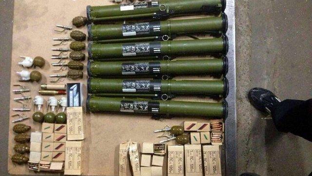 У Києві затримали сепаратиста з великою партією зброї