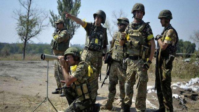 Під Іловайськом терористи взяли в полон понад 200 українських військових, – РНБО