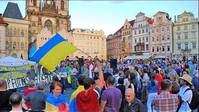У Празі на підтримку України організували Майдан