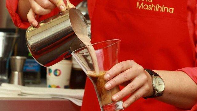 Львів'янам показали майстер-клас із приготування коктейлів на основі кави