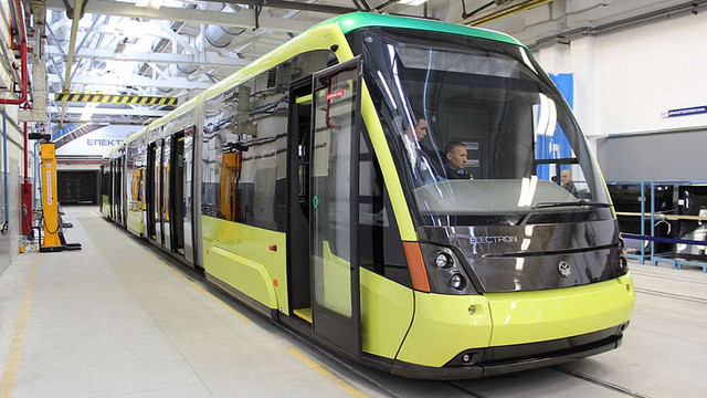 Львів отримав другий трамвай від «Електрону»