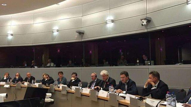 Тристоронні газові переговори в Брюсселі триватимуть до пізньої ночі