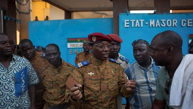 Президентом Буркіна-Фасо тимчасово став генерал армії