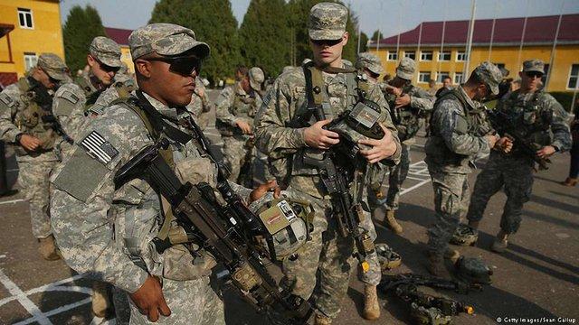 НАТО потребує більше війська в Європі через російську загрозу – головком НАТО Брідлав