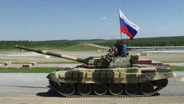 РНБО: На Донбас прибула чергова колона російських танків