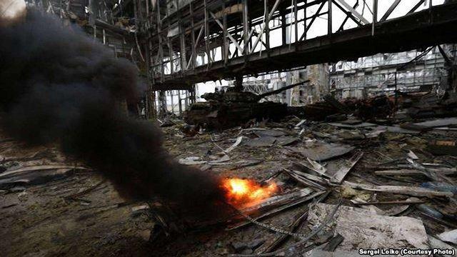 У прес-службі АТО підтвердили, що бойовики від ранку штурмують аеропорт у Донецьку