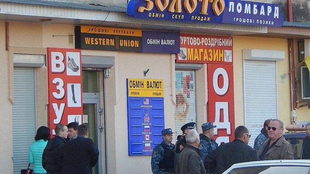 У Стебнику на Львівщині пограбували ювелірний магазин
