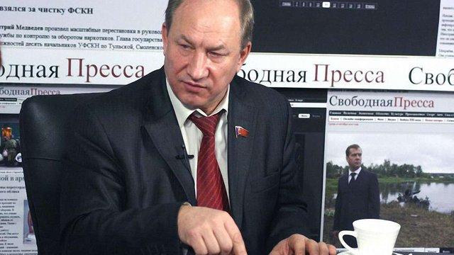 Депутат російської Думи запропонував видати Україні Азарова і Пшонку
