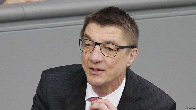 Звільнити керівників російсько-німецьких форумів за прокремлівську позицію – депутат Бундестагу