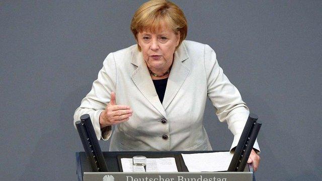Меркель різко розкритикувала Росію на засіданні Бундестагу