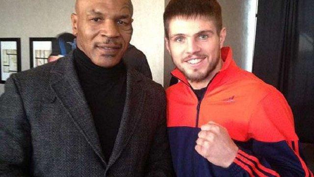 Майк Тайсон назвав українця Євгена Хитрова «майбутнім боксу»