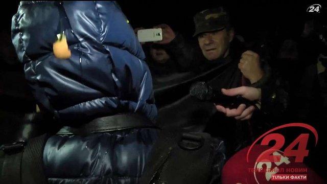 Телеканал «24» показав відео про «жорстоке побиття» репортерки LifeNews