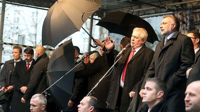 Президента Чехії не хочуть чути у прямому ефірі чеського радіо, - ЗМІ