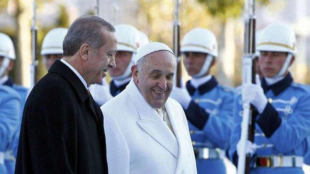 Папа Римський вперше зустрівся з президентом Туреччини